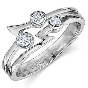 "3 Diamond ""flash"" design ring"