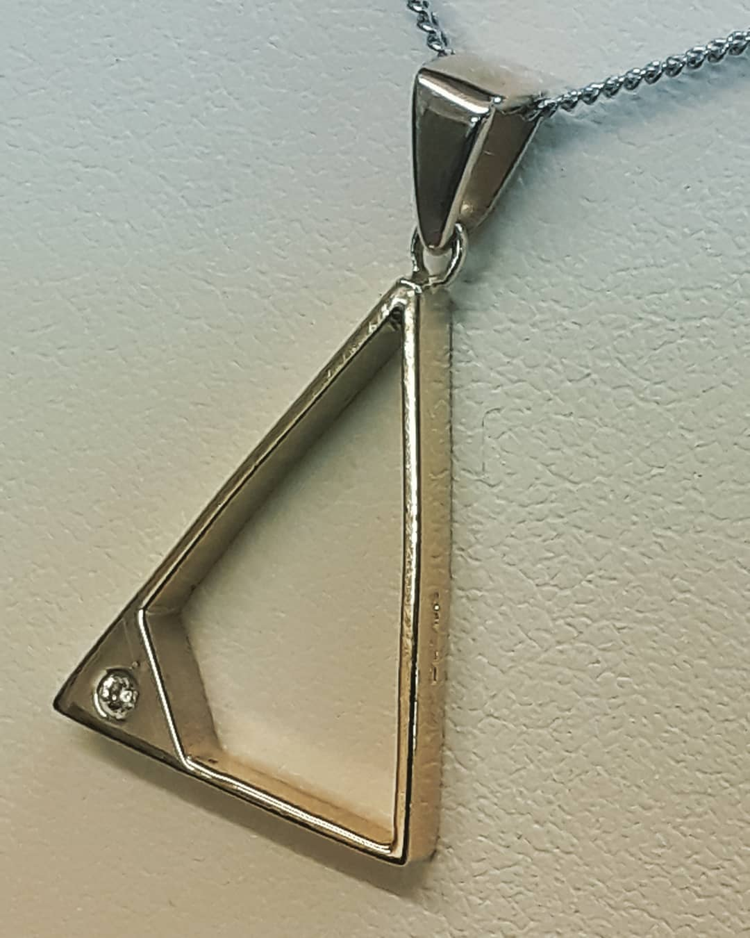 Triangular diamond set pendant