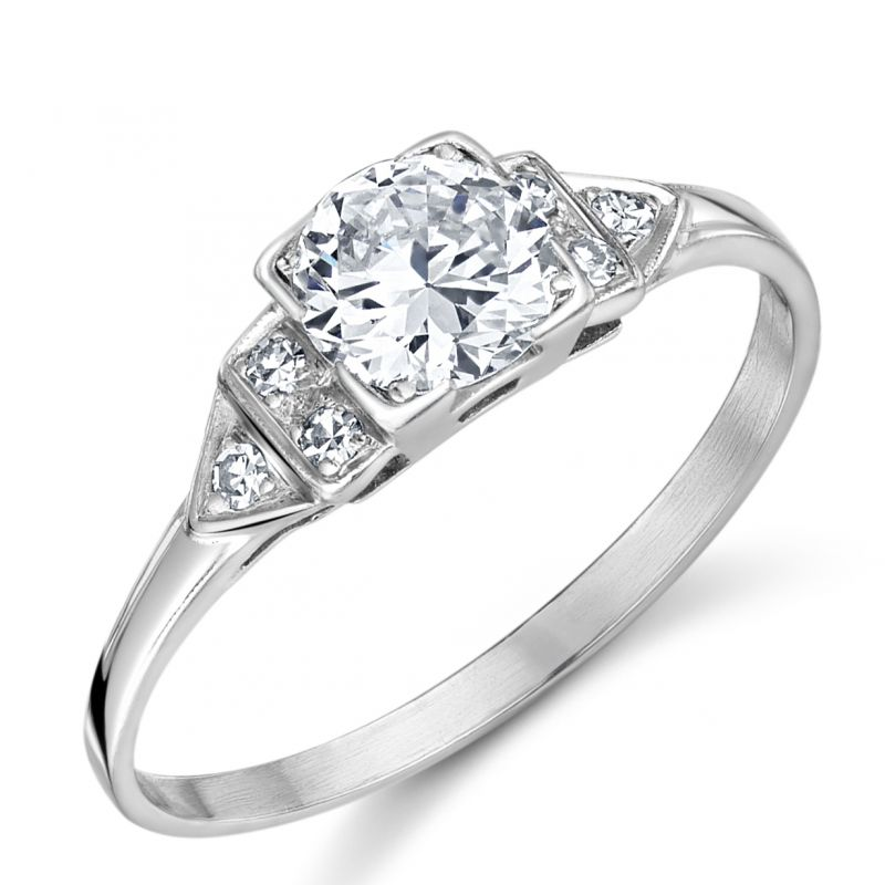 Vintage Platinum solitaire ring